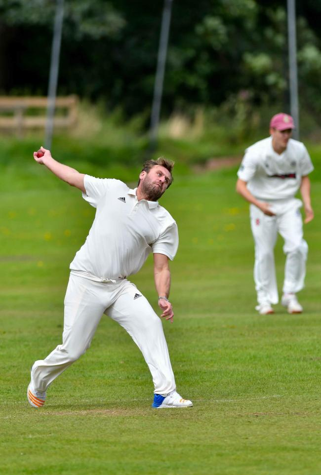 Steve Broughton took a hat-trick for Bingley Congs II on Saturday