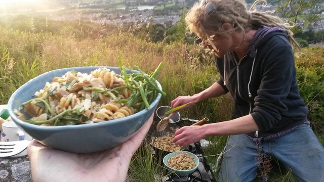 Wild Food Forage and Cook-up on Castleberg Crag, Settle