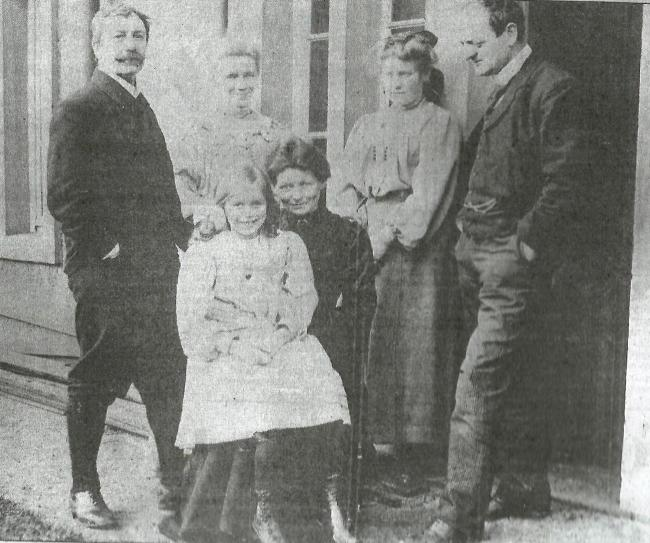 Tom Butterfield with his family