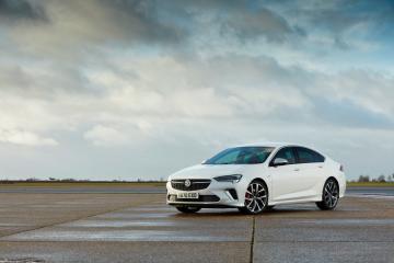 ROAD TEST: Vauxhall Insignia SRi Nav 1.5T