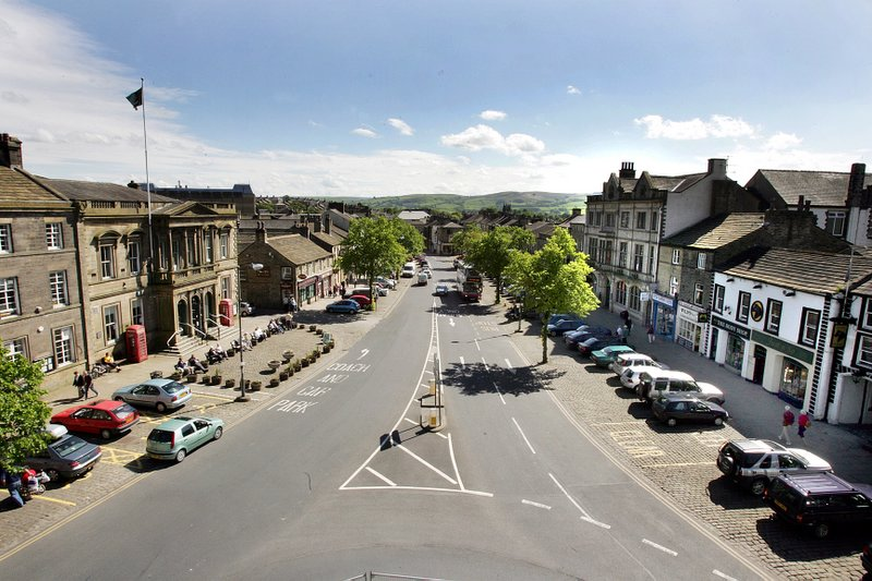 Skipton High Street will be closed to additional Tour de France spectators if numbers exceeded health and safety limits of 11,000