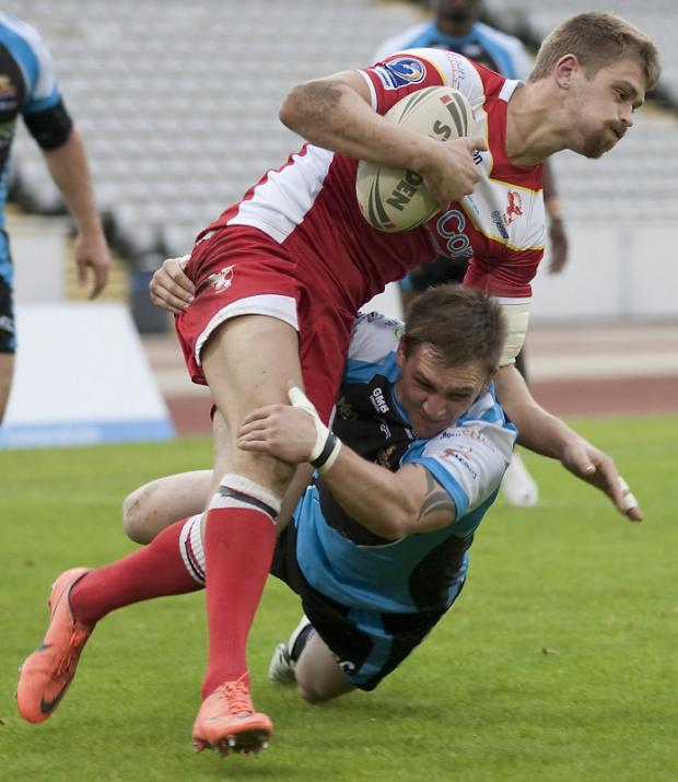 Gav Duffy, right, scored Cougars' only try