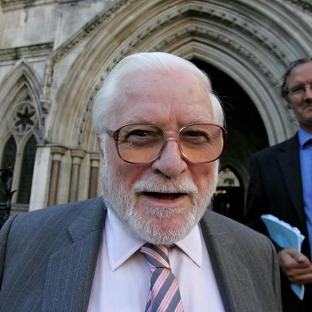 Keighley News: Ken Bates' previous allegiance to Chelsea meant he never had the full support from Leeds fans