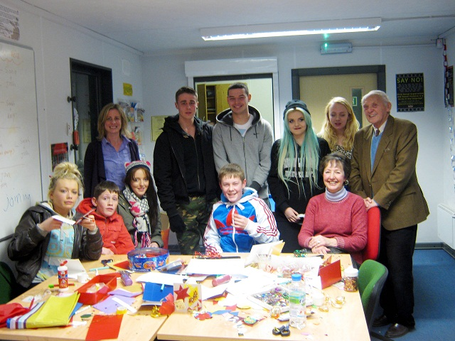 Youngsters and volunteers getting creative at Denholme Youth Cafe