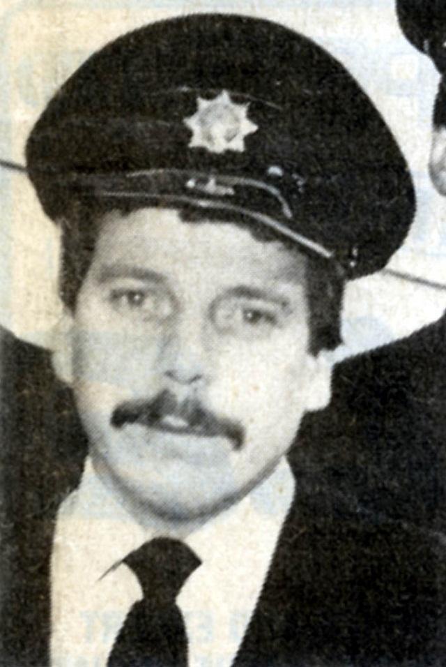Hero fireman Jeff Naylor remembered 30 years on | Keighley News