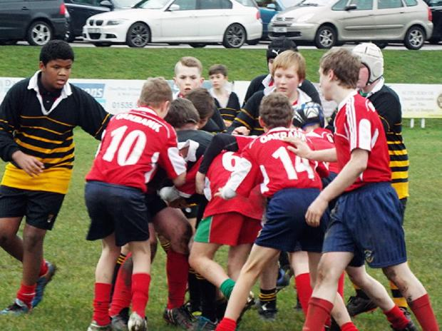Keighley News: Oakbank and Parkside pupils in action