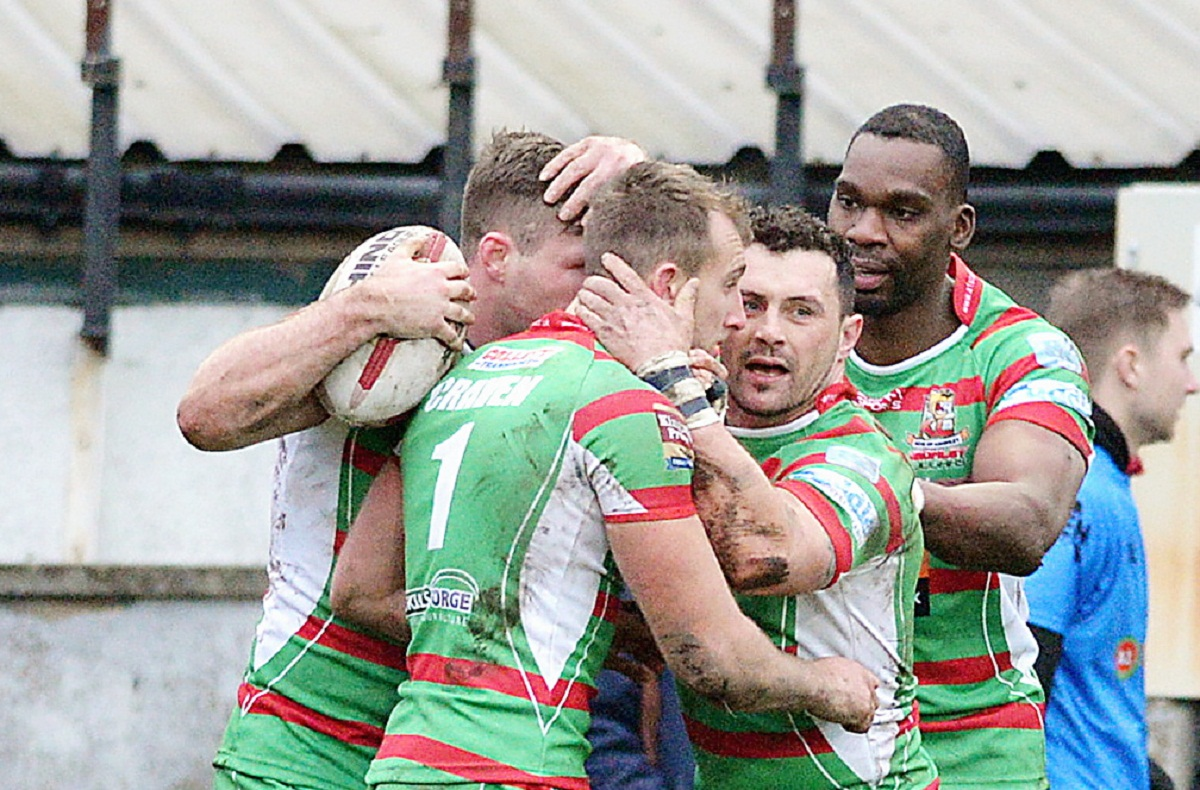 Ash Lindsay, second right, is facing a lengthy lay-off after suffering a shoulder injury against Dewsbury