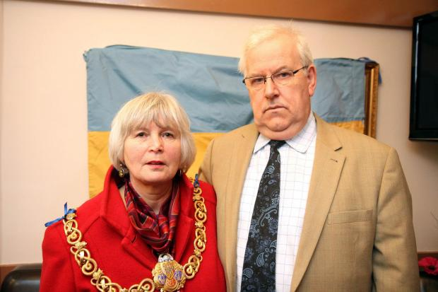 Keighley News: Nick Lajszczuk, of the Keighley Ukrainian community, with Keighley mayor, Councillor Sally Walker
