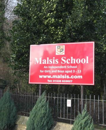 Unanimous approval for school homes plans