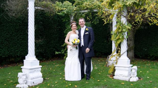 Newlyweds James and Samantha Leather gave £110 to Yorkshire Cat Rescue