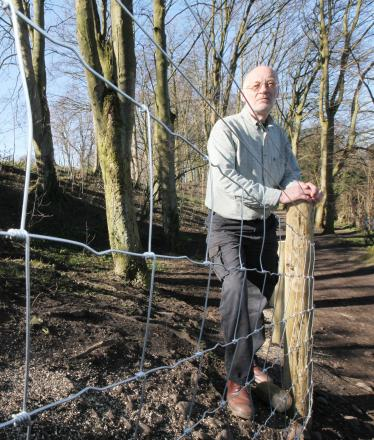 "Resident Tim Armsby complains about what he believes is ""ugly"" fencing put up in Lyndhurst Wood"