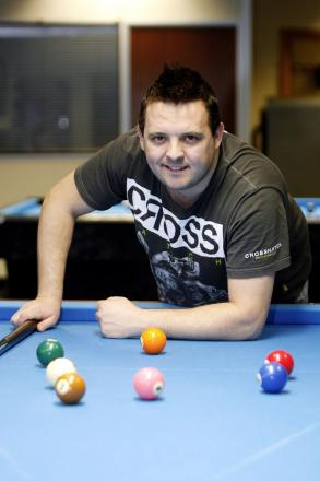 Pool ace Chris Melling bowed to teenager Ross Muir in the Australian Goldfields Open qualifier