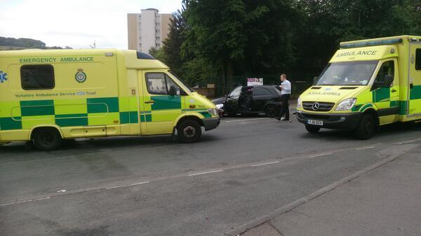 Road crash by Oakworth Road roundabout