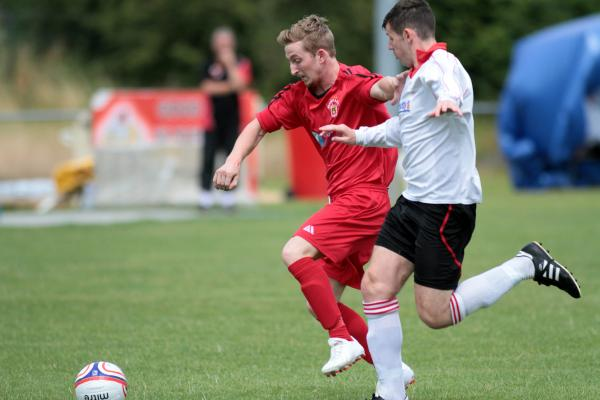 Silsden kick off with comfortable win