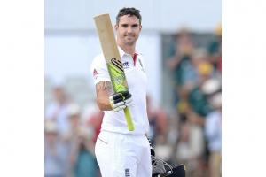 Vaughan challenges Pietersen