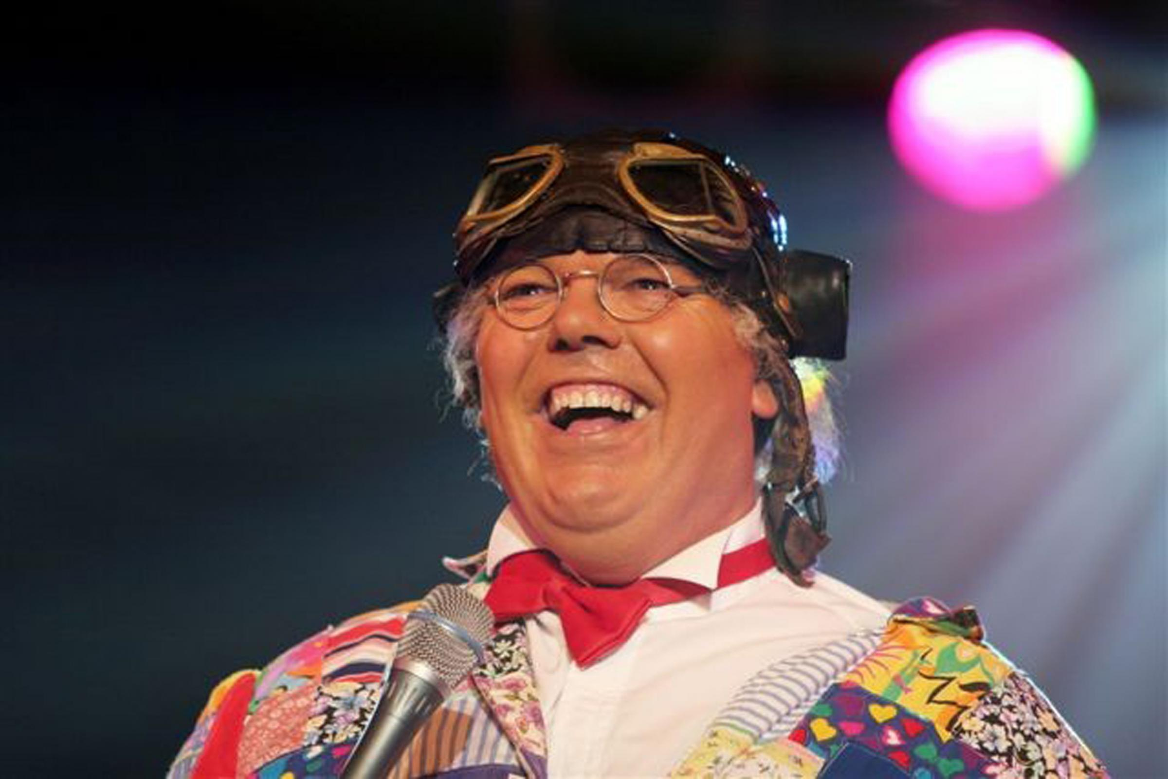 Chubby Brown returns to Octagon in Keighley for lewd laughs | Keighley News