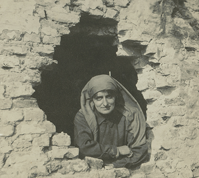 No Man's Land: Women's Photography and the First World War