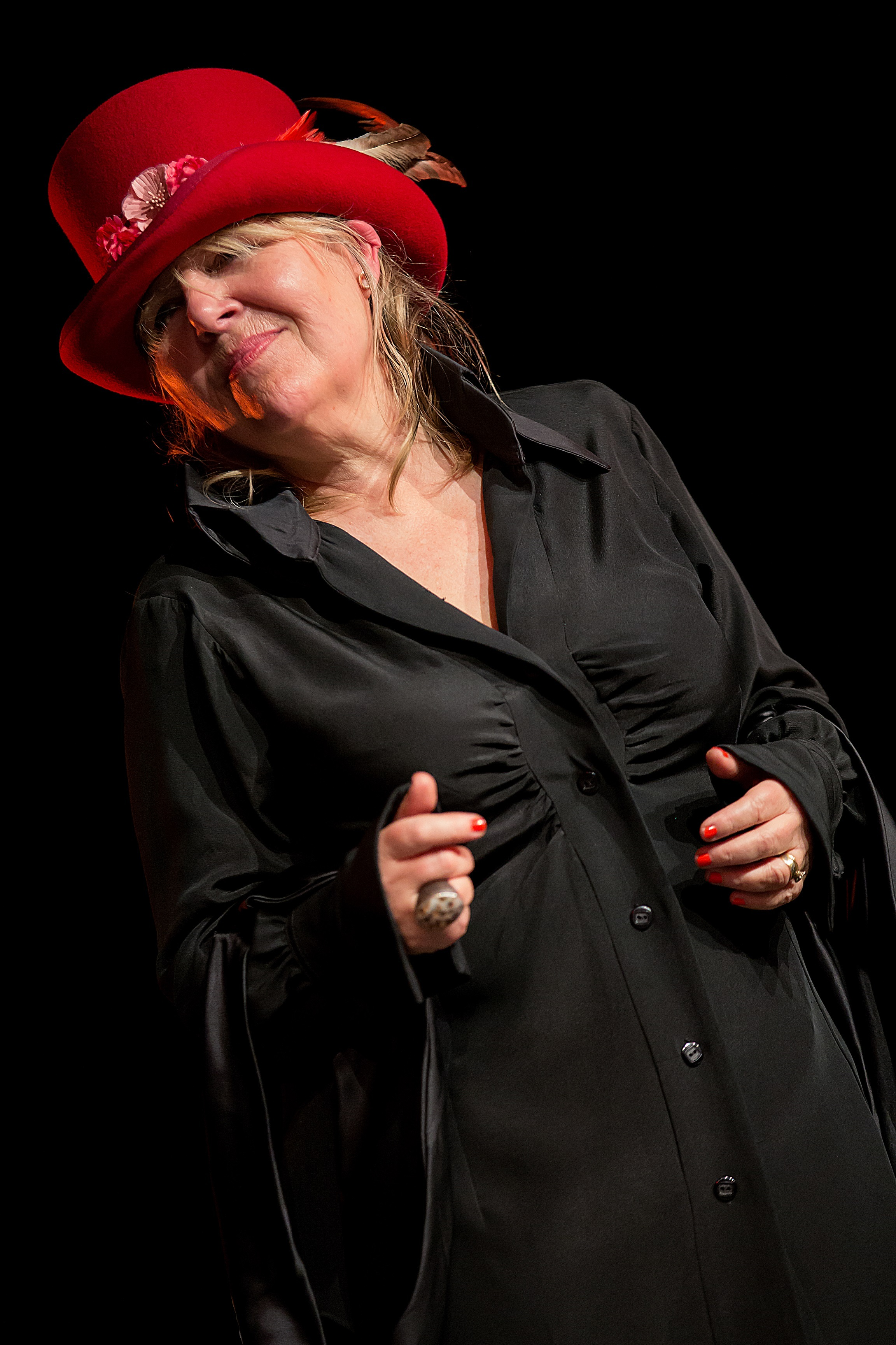 is one of the Ladies of the Blues appearing in Keighley. Connie Lush Alain Hiot