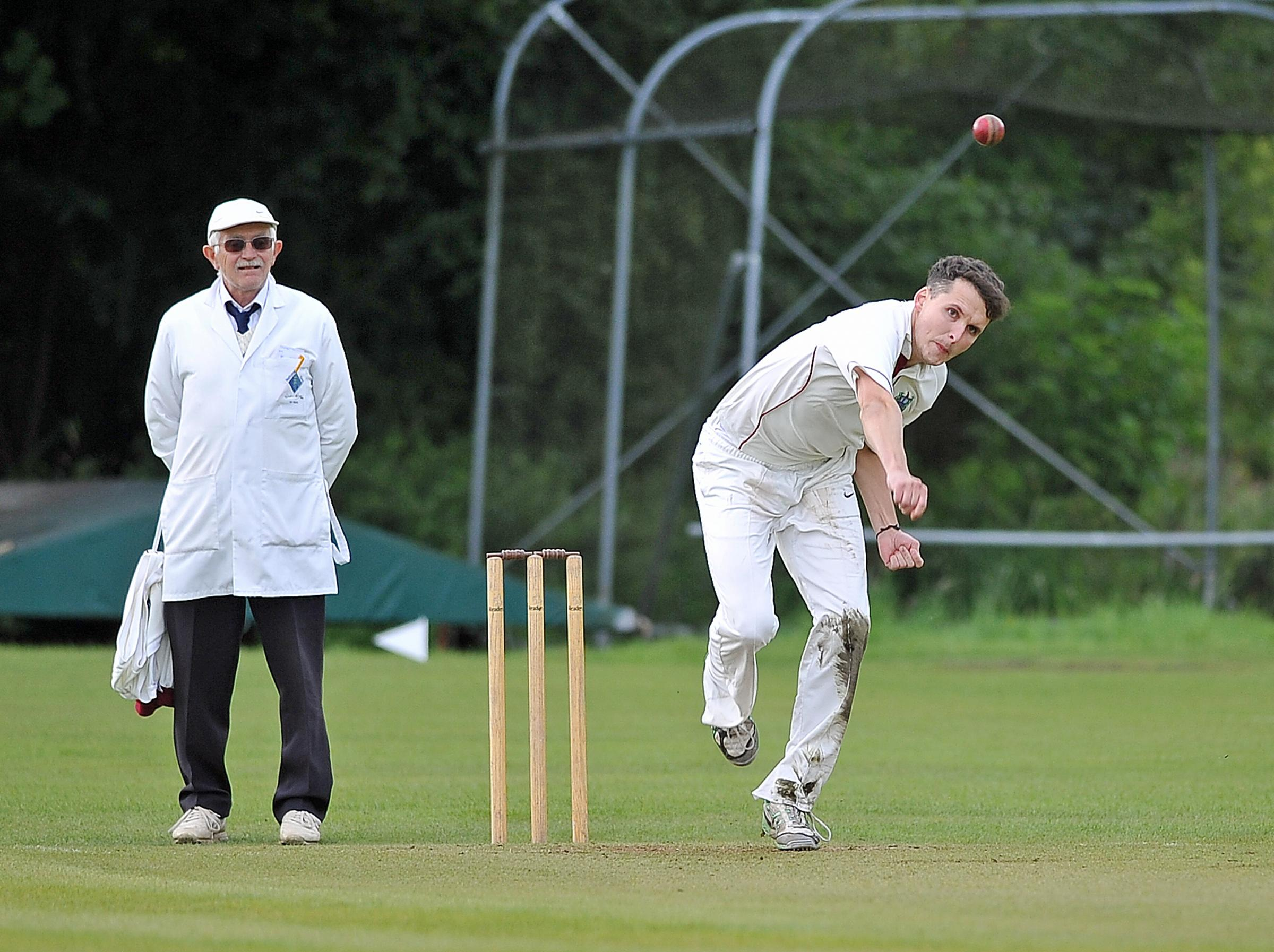 Paul Quinlan took 5-44 for Keighley in their comfortable victory over Brighouse