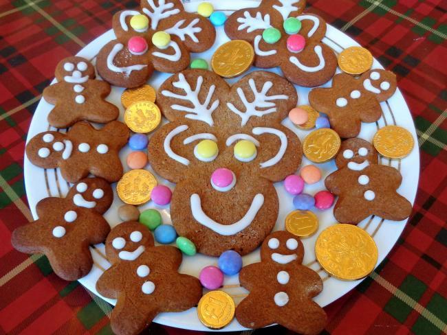 Christmas Gingerbread Reindeer Biscuits Keighley News